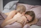 Noszę swoje dziecko! Przytulam je!  Rola dotyku w rozwoju emocjonalnym dzieci.